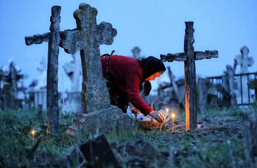 Омичи снова смогут посещать кладбища